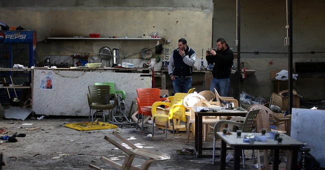 Lebanon suspects IS group behind cafe bombing