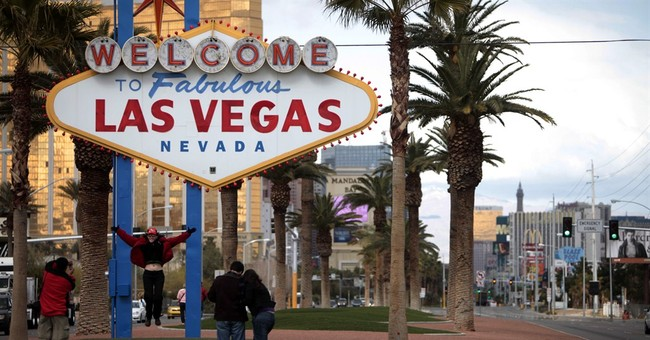 Vegas welcome sign's designer never liked use of 'fabulous'