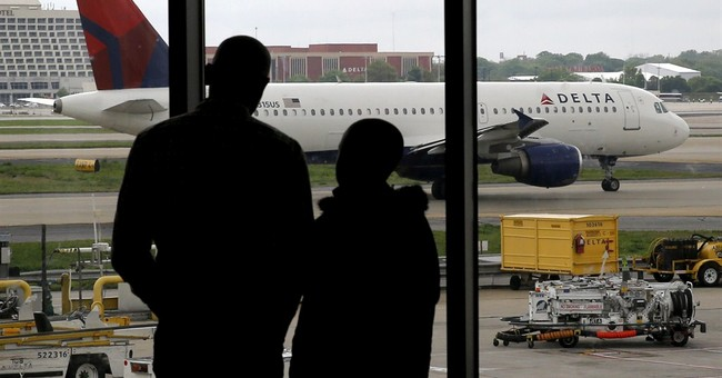 A small victory for fliers: summer domestic fares fall $2.01