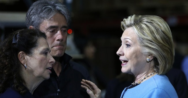 Campaigning Clinton has qualms about trade deal