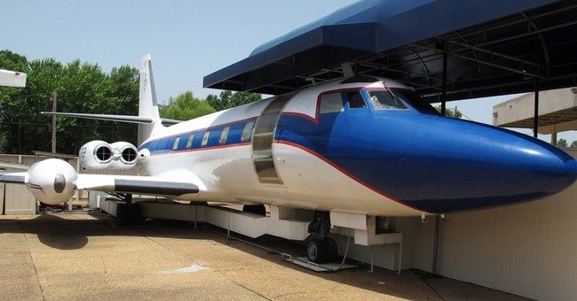 Council approves move of Presley's planes from Graceland