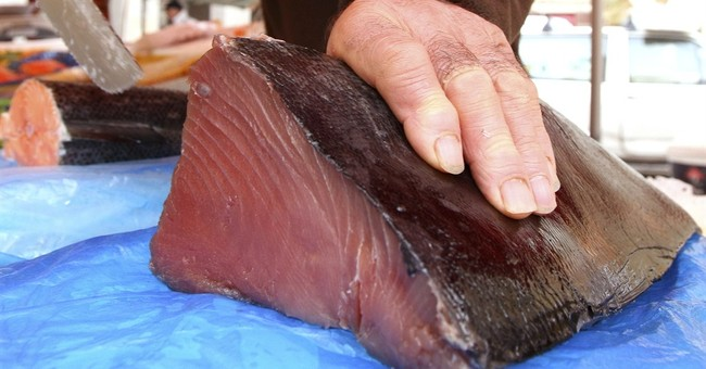 EU threatens Thailand with seafood ban over illegal fishing