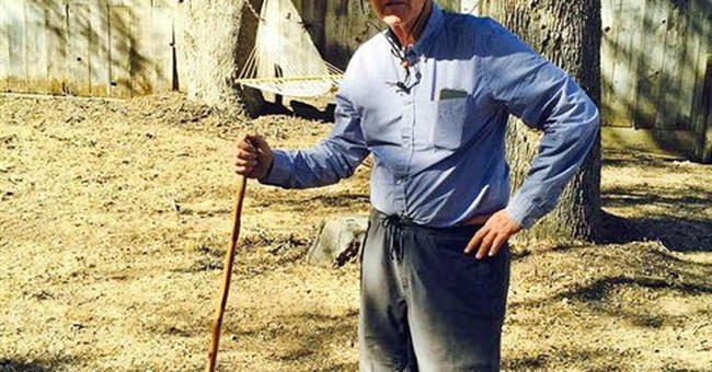Gov. Brown captures snake on trip to rural California