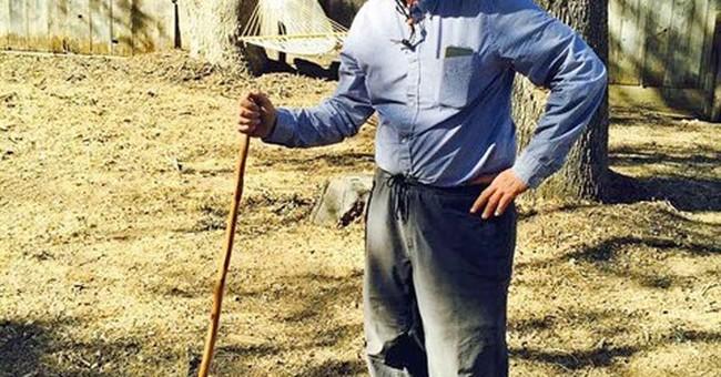 Gov. Brown captures snake on trip to rural California