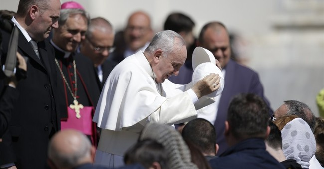 Vatican confirms pope will stop in Cuba stop en route to US