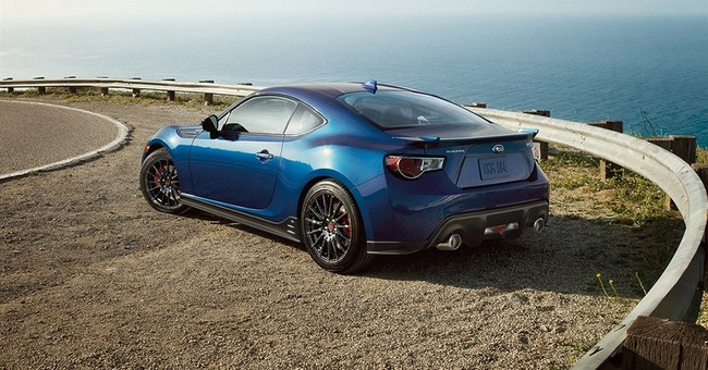 Subaru goes rear-wheel drive with sporty 2015 BRZ coupe