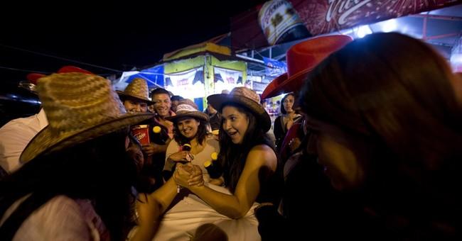 AP PHOTOS: Annual  fair delights on Mexico City outskirts