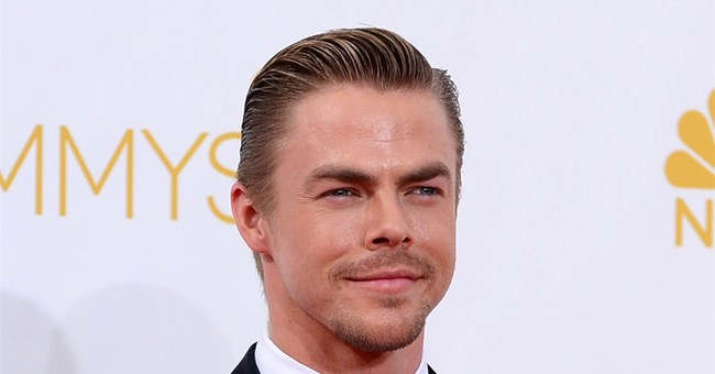 """Derek Hough injured at """"Dancing with the Stars' rehearsal"""