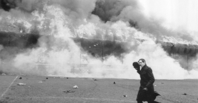 English soccer pauses to remember deadly 1985 Bradford fire