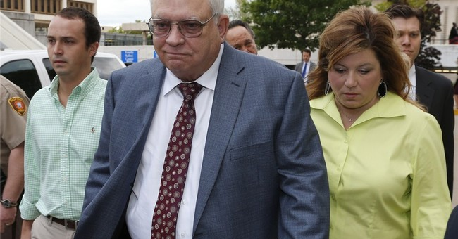 Attorneys: Memo shows special treatment for reserve deputy