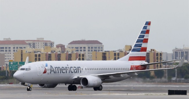 American Airlines beats Street 1Q forecasts