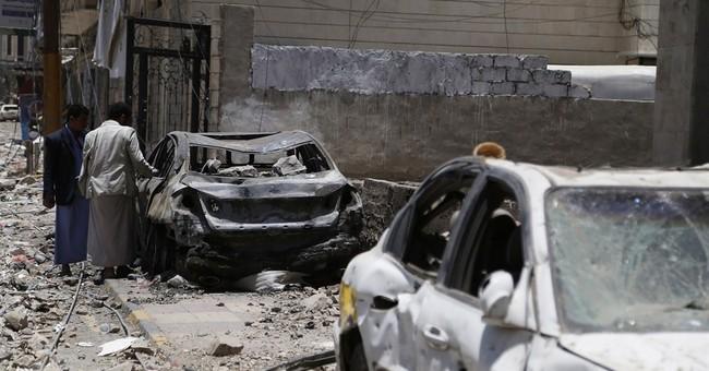 Aden hit by coalition airstrikes amid fierce street battles