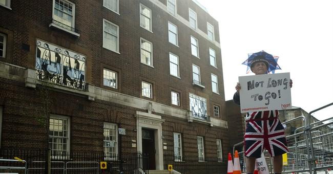 UK premier defends royals' right to choose birth hospital