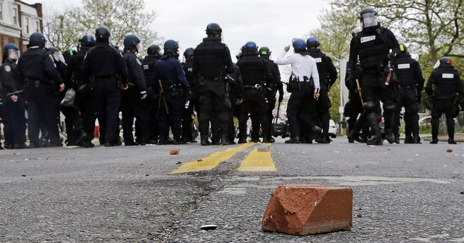 Riots in Baltimore over man's death in police custody