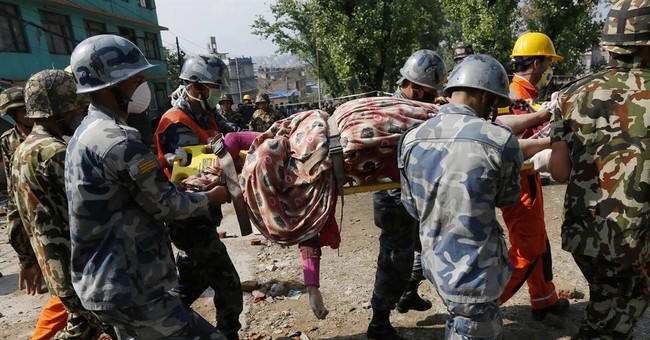 In quake-hit Nepal, rescuers struggle to recover the dead