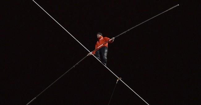 Daredevil to walk on moving, 400-foot-high Ferris wheel