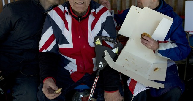 Sweet Surprise: Palace delivers pastry to royal fans