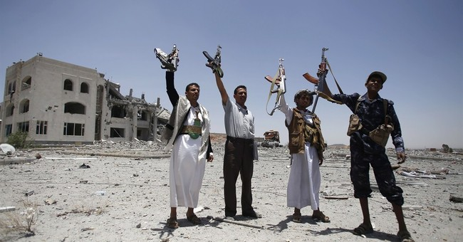 UN: More than 300,000 driven from homes in Yemen's conflict