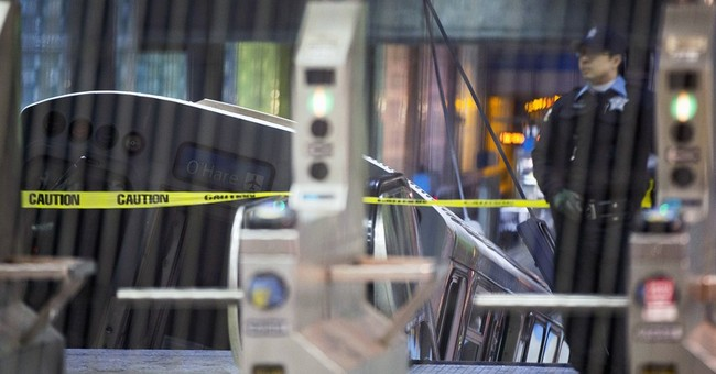 Chicago transit agency blamed for airport train derailment