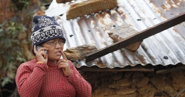 Near Nepal quake epicenter, desperate villagers await help