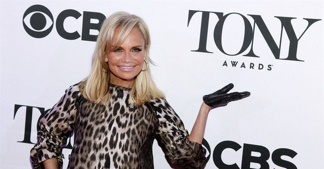 Kristin Chenoweth has no words about co-hosting Tonys