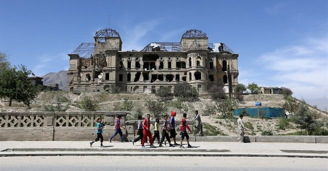 Afghan officials warn of influx of insurgents from Pakistan