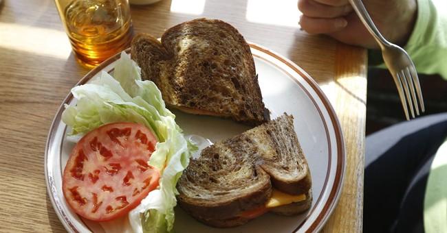 Requiem for a clam strip: Last 2 HoJo restaurants soldier on
