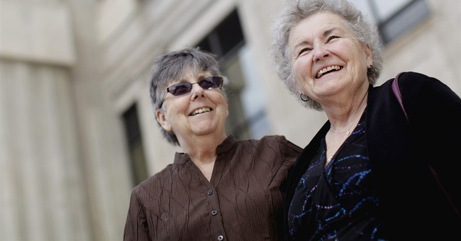 Judge rules SD same-sex marriage ban unconstitutional
