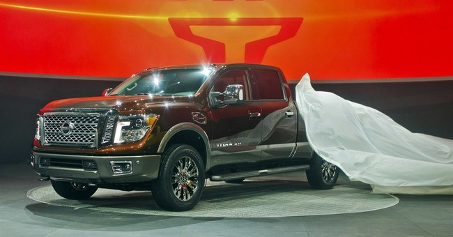 Nissan introduces new Titan pickup with diesel engine