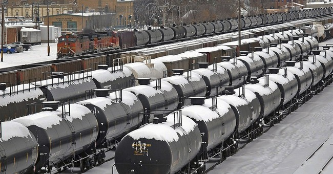 Fee proposed on rail cars that haul oil, other flammables