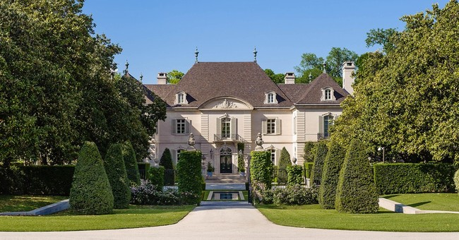 $100 million for a home? Luxury buyers reach a new threshold