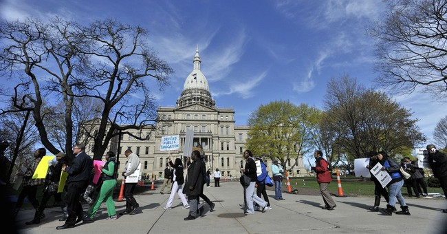 Questions, answers about plan for Detroit school district