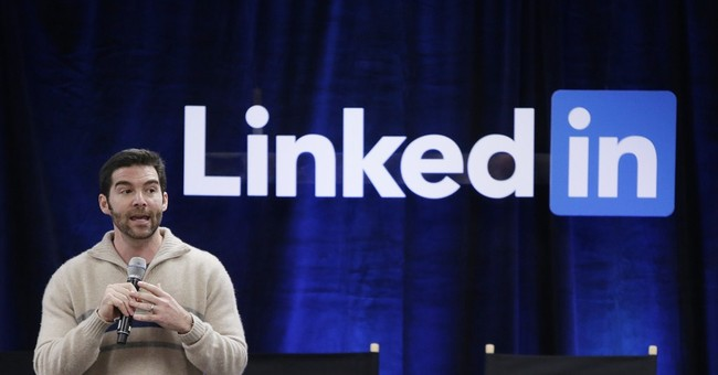 LinkedIn joins Twitter in post-earnings tumble