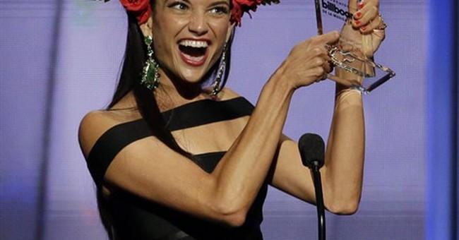 Romeo Santos and Enrique Iglesias sweep Latin music awards