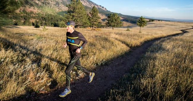Ultra racer Travis Macy to trek 31 miles for book signing