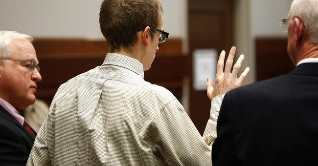 Texas teen gets 45-year prison term for killing mom, sister