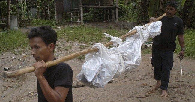 Thai police find graves of suspected trafficking victims