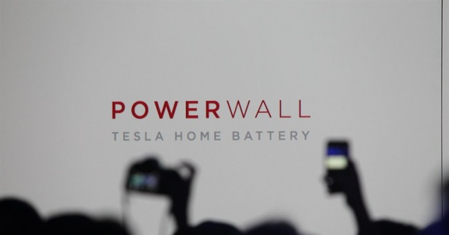 Tesla CEO plugs into new market with home battery system