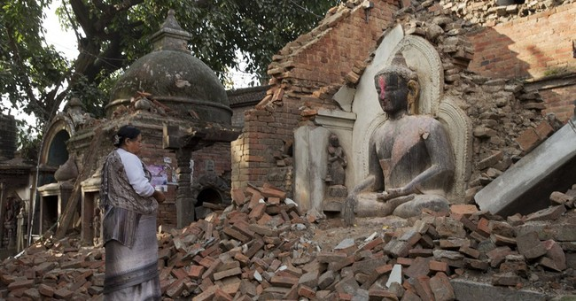 'We need help': Aid scarce in quake-hit Nepal villages