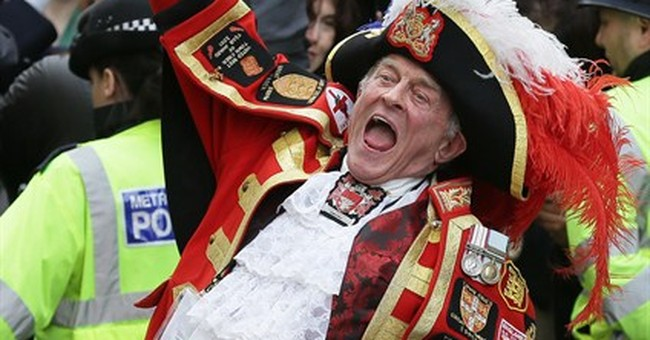 Oyez! Town crier at royal baby birth captures attention