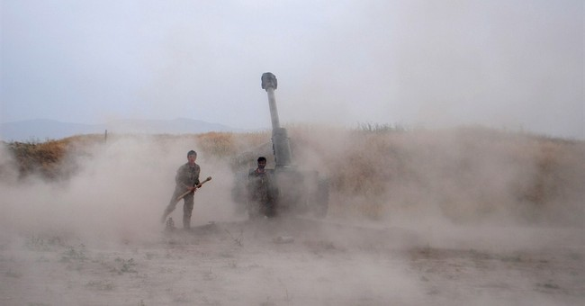 Afghanistan: Taliban offensive forces thousands from homes