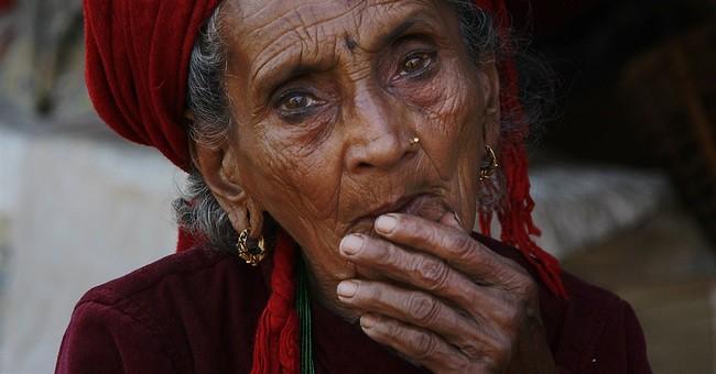 Quake hobbles Nepal, so villagers fend for selves