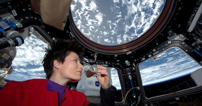 Italian astronaut brews, sips first fresh espresso in space