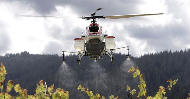 US gives farmers approval to spray crops from drones