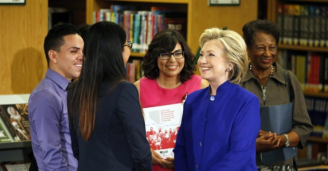 Clinton signals support for super PAC backing campaign