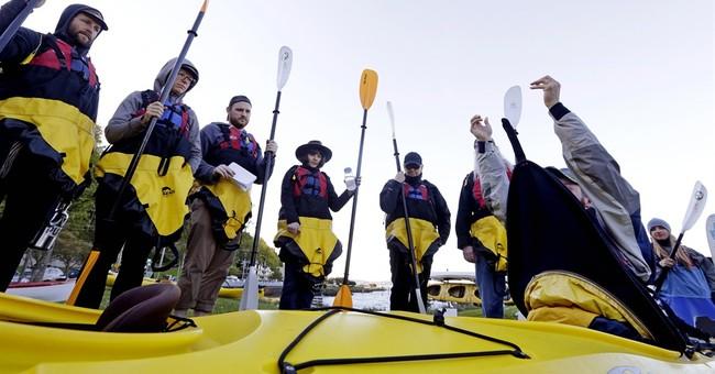 Seattle mayor, 'kayaktivists' take on Arctic oil drilling
