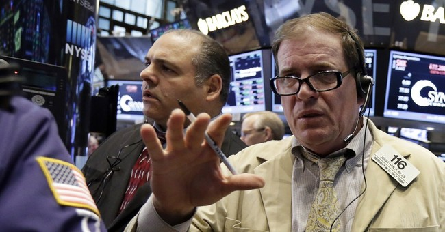 US stock indexes close slightly higher a day after a drop