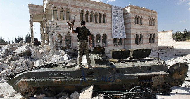 Syrian official lashes out over US training of rebels