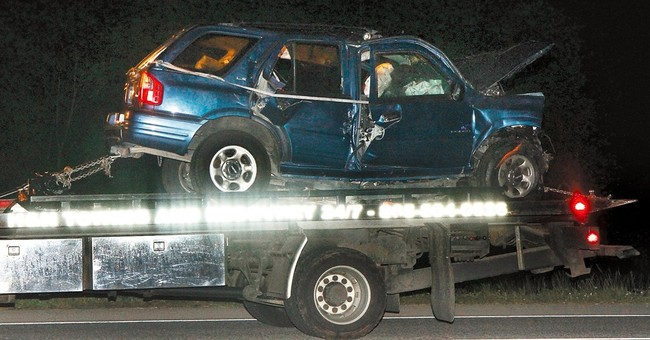 Tennessee Highway Patrol says 6 killed in head-on crash