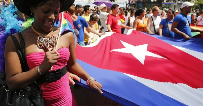 Castro's daughter sponsors blessing of Cuban gay couples